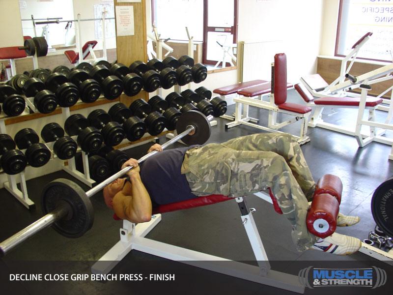 how to close grip bench press