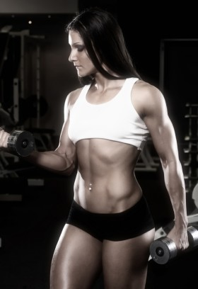 naked female heavy muscle